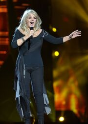 Bonnie Tyler ESC - United Kingdom 01 crop