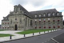 Guingamp (22) Hôtel de Ville 08