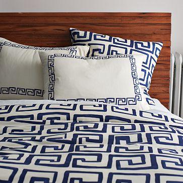 File:Blue & white bed.jpg