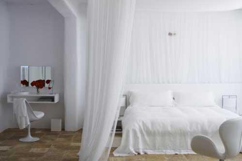 File:Gaiane & Alexandros's room.jpg