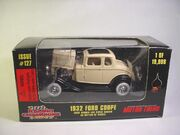 RC1932FordCreambx327