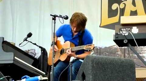 Thom Yorke - The Present Tense (Latitude 2009)