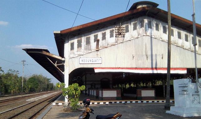 Image result for stasiun kedungjati