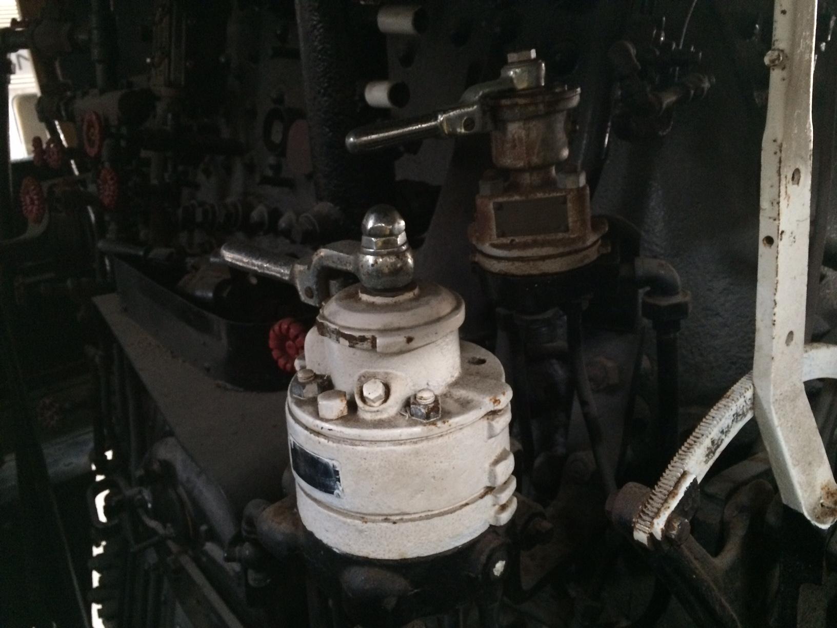 Air brakes on steam locomotives