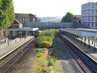 Exeter-Central-Platforms