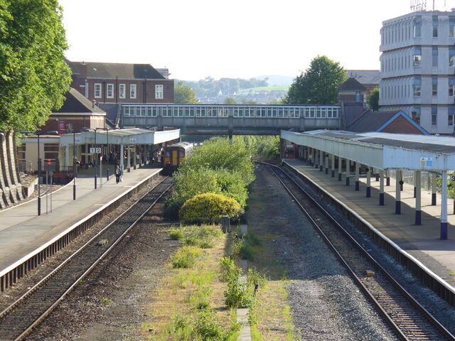 File:Exeter-Central-Platforms.jpg