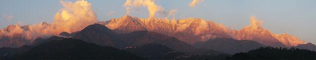 File:HimalyasIndia.jpg