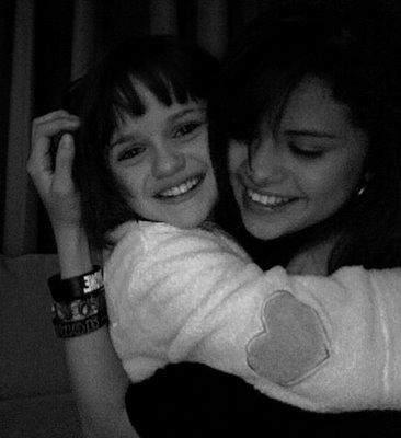 File:Selena-gomez-and-joey.jpg