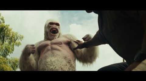 映画『ランペイジ 巨獣大乱闘』フィルムクリップ(彼は泣いてる)【HD】大ヒット公開中!