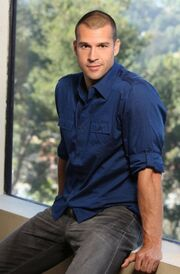 Brendon Villegas (Full Body)