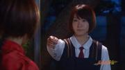 Akane gives Ranma pendant - live-action