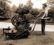 Firstgaspoweredlawnmower1918