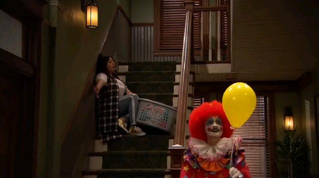 File:Raven Fears A Clown.png
