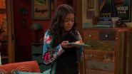 Wy Couldnt Raven Have A Cream Filled Job