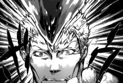 Iemitsu entrando en su forma Hyper