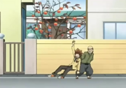Tsuna es regañado por el anciano
