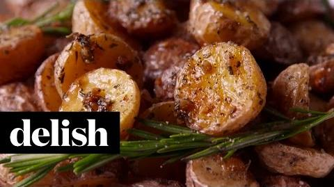 How to Make the Rosemary-Roasted Potatoes