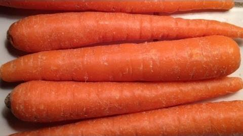 How to Grow Carrots GardenFork.TV