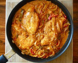Chicken-paprikash