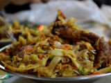 Sri Lankan Food Visitors Have to try – Kottu Roti