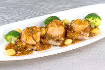 Pan-Fried Scallops with XO Sauce & Gingko Nuts-2-4-