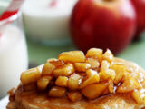Cinnamon-Apple Pancakes