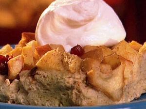 BI0208-1 Apple-Cranberry-Bread-Pudding s4x3 lg