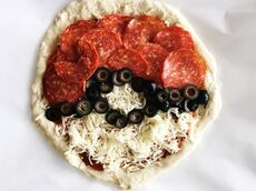 Pokemon-poke-ball-pizza-recipe