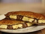 Grilled Banana and Chocolate Sandwich