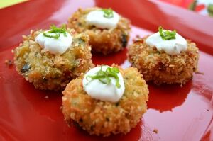 Crab cake lime web1
