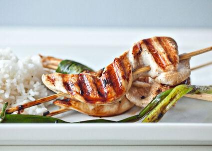 Chicken-and-scallion-yakitori 646