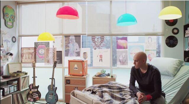 File:Leo's room.JPG