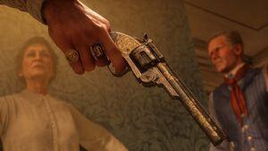 RDR2 golden engraved pistol