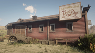 B R Shelton Livery & Stable side view rdr2