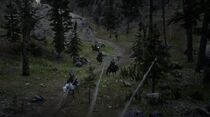Pinkertons attacking Arthur Morgan in Cochinay, Tall Trees