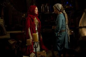 2011 red riding hood 035