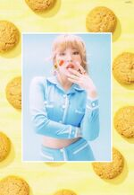 Wendy Cookie Jar Album Booklet Scan 2