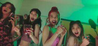 Red Velvet Red Flavor MV 6