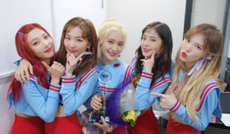 Red Velvet backstage Music Bank 3rd win 2
