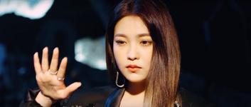 Red Velvet Really Bad Boy MV Screenshot 74