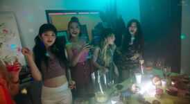 Red Velvet Red Flavor MV 98