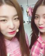Seulgi and Yeri IG Update 090917 4