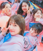 Red Velvet selfie at ISAC 2017