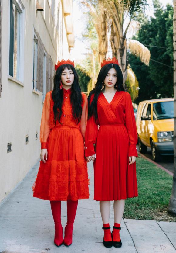 Superior Seulgi And Joy Peek A Boo Teaser.PNG
