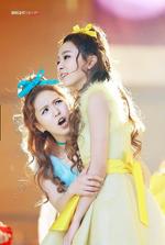 Wendy shouting at Seulgi