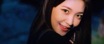 Red Velvet Really Bad Boy MV Screenshot 65