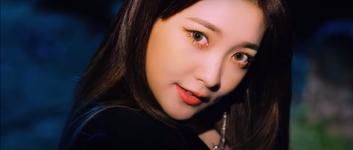 Red Velvet Really Bad Boy MV Screenshot 64