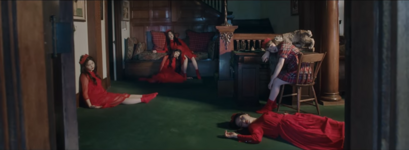 Red Velvet Peek-A-Boo MV 7