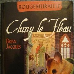 French Redwall Paperback