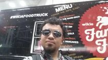 NYCC-2014 Wikia Fan Army Food Truck Bitgamer1 001